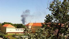 V Libni hořela skládka, dým bylo vidět až z druhého konce Prahy