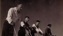 Otec lyžařských kurzů cvičil s Baťou. Je mu 105
