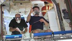 Astronauti na ISS se podívali do soukromé lodi Dragon