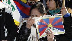 V Číně se upálila Tibeťanka, úřady zadržely jejího manžela