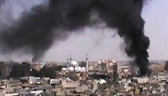 Vojáci ostřelují Homs, Rusko posílá do Sýrie válečné lodi