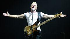 Stingova show začala přesně. A šlapala jako hodinky