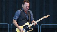 KVÍZ: Herečka z Přátel i zastávka v Praze. Jak dobře znáte Bruce Springsteena a jeho písně?