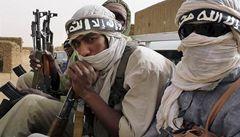 Památky v Timbuktu mizí. Islamisti motykami zničili další hrobky