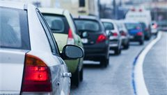 Prodej nových aut na Slovensku letos klesl o 12,5 procenta