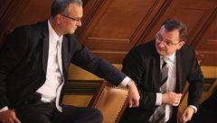O daních se rozhodne příští úterý, poslanci přerušili schůzi