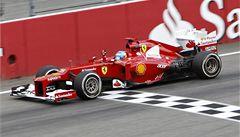 Alonso v Německu kraloval, Vettela postihla penalizace