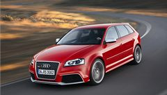 Prodej Audi byl v únoru rekordní, Mercedes si pohoršil