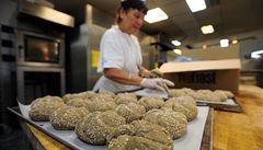 Vzpoura pekařů proti mraženým chlebům: Zabraňme mcdonaldizaci
