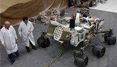 Sonda Curiosity na Marsu ve zdraví přečkala nejméně jednu bouři