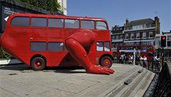Klikující autobus míří do Prahy. Podívejte se, kde bude stát