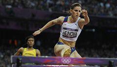 Hejnová je ve finále, Rosolová po protestu také