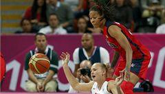 České basketbalistky na špičku nestačí. USA podlehly o 27 bodů