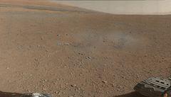NASA se obává, že Curiosity narazí na vodu. Kvůli kontaminaci
