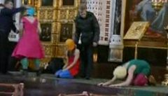Dvě členky Pussy Riot hledala policie. Utekly z Ruska