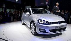 Volkswagen zvýšil provozní zisk. Díky prodeji luxusních vozů