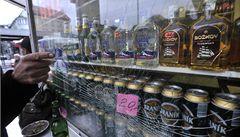 Stažený alkohol si odvezte do Česka, vyzval slovenský ministr