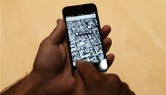 Američan získal od zloděje zpátky svůj mobil. Pomohlo svádění