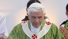 Papež v Libanonu vyzval křesťany, aby přispěli k ukončení násilí