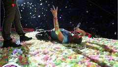 Britští Coldplay okouzlili Prahu svojí barevnou show