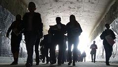 Davy lidí zaplavily tunel Blanka, prošly si pětikilometrovou trasu