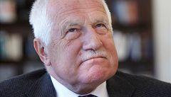 Čeho se týká žaloba na Václava Klause? Amnestie i podpisů smluv