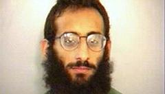 Předního teroristu doběhl dánský agent. Dohodil mu krásnou blondýnu