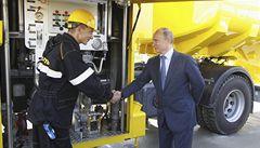 Rusko vytěžilo nejvíce ropy od rozpadu SSSR. Je první na světě