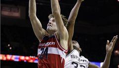 Veselý pomohl k výhře Wizards, jeho smeč byla v NBA akcí večera