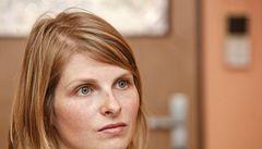 Pornomáma získala odklad. Když azyl nevyjde, chce se obrátit na EU
