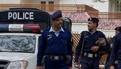 Ozbrojenci v Pákistánu zaútočili na autobus, nejméně 18 mrtvých