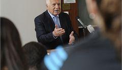 Klaus: Na Hrad míří kandidáti, po jejichž zvolení bych zvažoval emigraci