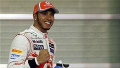 Hamilton v Abú Zabí odstartuje před Webberem a Vettelem