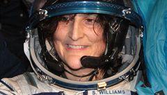 Posádka Sojuzu přistála s výbornou náladou