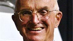 Zemřel nositel Nobelovy ceny za první transplantaci ledviny