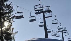Na lanovce v Orlických horách uvízlo 60 lidí. Byl mezi nimi i hejtman