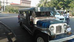 Pot a bójky. Doprava v Manile je jen pro silné nátury