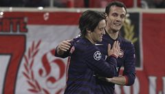 Rosického gól Arsenalu nestačil, Manchester City končí