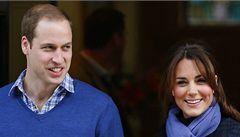 Kate má porodit za několik týdnů, před nemocnicí je tlačenice