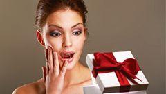 Nevhodný dárek zkuste vrátit či vyměnit. Obchodníci jsou vstřícnější a vyhoví vám i nad rámec zákona