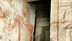 Faraona Ramsese III. podřezali, zjistili vědci