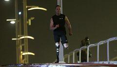 Handicapovaný běžec Pistorius porazil i závodního koně