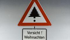 Jak zdobí vánoční strom designéři? Porovnejte svůj stromek s jejich