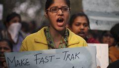 Indičtí násilníci se odvolávají na nezletilost. Soudí je ve zrychleném řízení
