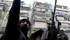 Válečný turista. Japonec jezdí na dovolenou do Sýrie