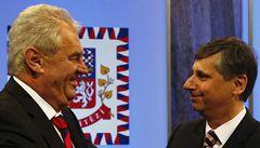 Zeman s Fischerem porušili v kampani zákon, zazní ze Senátu