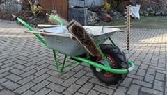 V Bavorsku řádí zloděj s kolečkem. Okrádá sedláky a kořist vozí do Česka