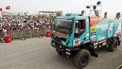 Loprais zahájil Dakar třetím místem, na skoku otestoval i záda