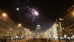 Silvestrovské oslavy omezí dopravu v centru Prahy, uzavře se Václavák