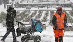 V úterý a středu zasype celé Česko až 15 centimetrů sněhu